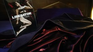 Liberator Fascinator Throw 300x169 - Sextoy review by Tess: Liberator Fascinator Throw