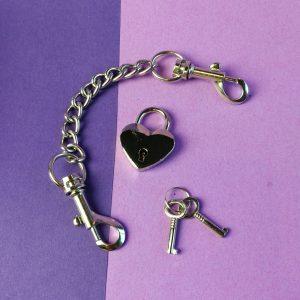 Black level mini dress en accessoire bizarre handcuffs