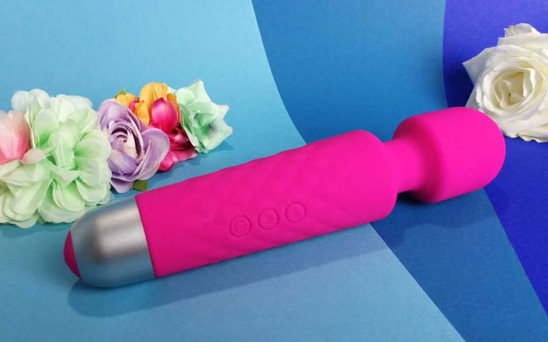 Sextoy review by Tess: Pleasure Lab Moonshake Massager