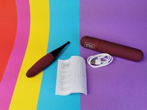 De senzi pinpoint vibrator, de gebruiksaanwijzing en het opberghoesje