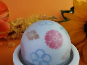 Close-up van de bol van de iroha temari