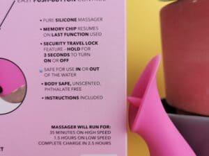 Close-up van de verpakking van de calexotics slay #tickleme