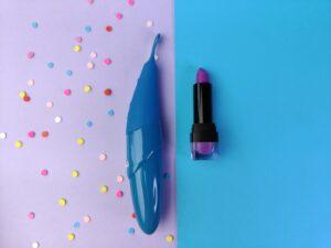 De zumio i naast een lipstick